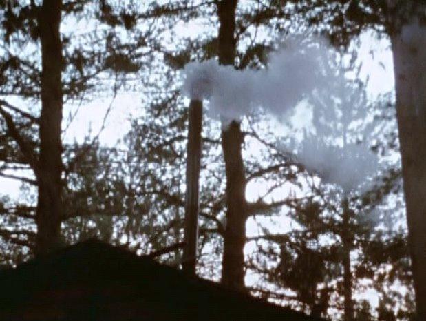 [smoke+chimney.jpg]