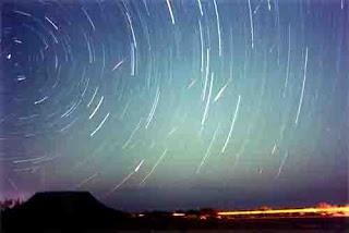 Lluvia de meteoros podrá ser vista a partir de esta medianoche en Venezuela ( Lluvia de Estrellas - Lluvia de Meteoritos en Venezuela)