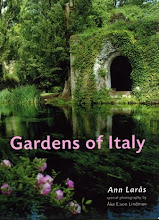Cover of my book GARDENS OF ITALY