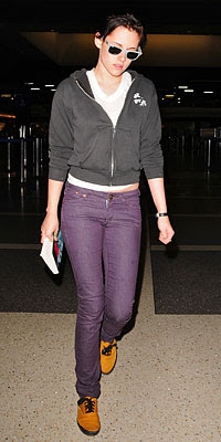 Kristen Stewart Jeans on Eternally Yours  Want To Get Kristen Stewart S Jeans