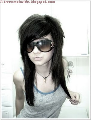 emo girl wallpaper. emo gIRLS with glasses