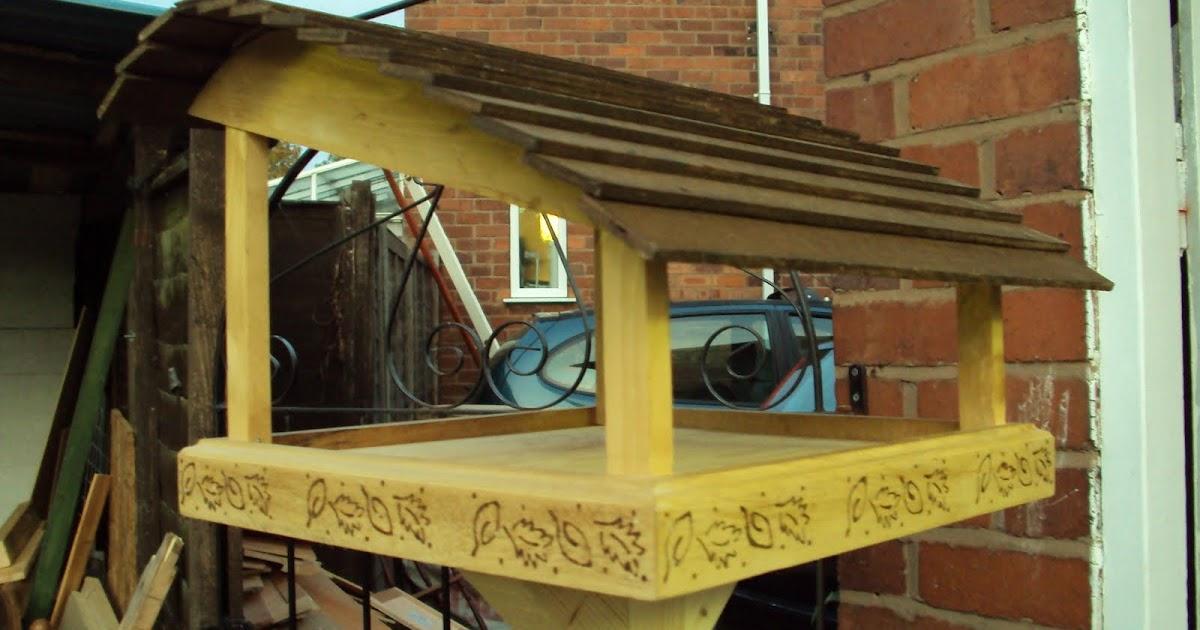 Arkwood Bird Table
