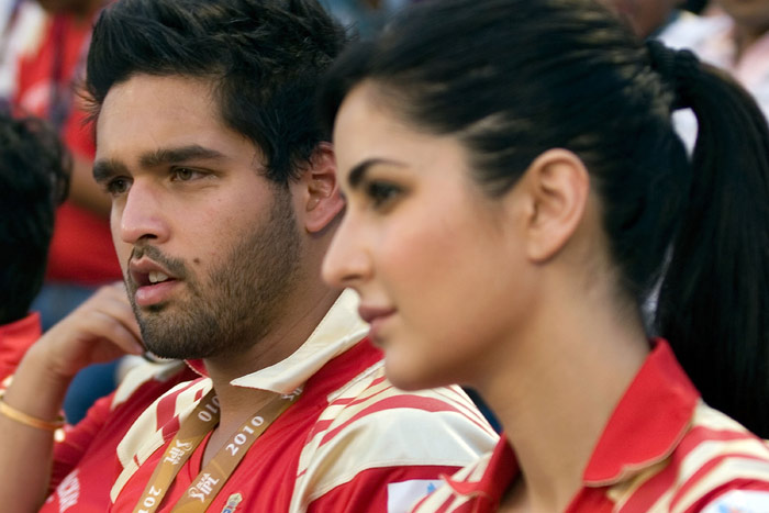 siddharth mallya mother. Siddharta Mallya with Katrina Kaif At a Deccan Chargers DLF ILP 2010 Match