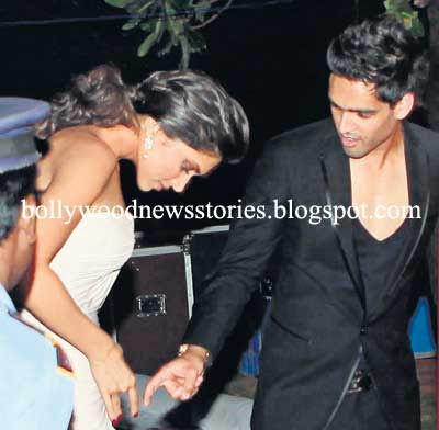 siddharth mallya mother. Siddharth Mallya shows Deepika Padukone something she missed.