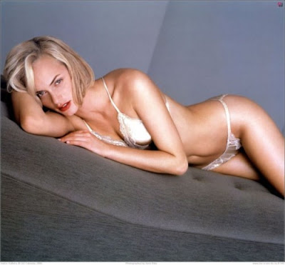 amber valletta strip