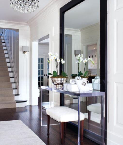 A touch of Luxe: Beautiful entrance - orchid + dark wood floors + ...