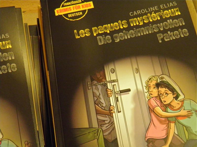 Les paquets mystérieux / Die geheimnisvollen Pakete, Kinderkrimi von Caroline Elias