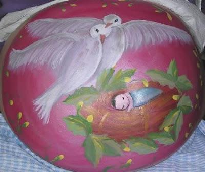 body art grávidas pombas paz