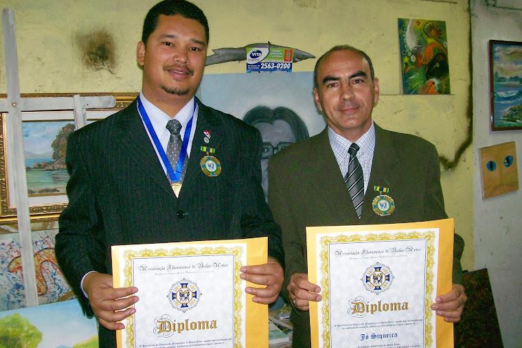 FABRÍCIO SANTOS E JÓ SIQUEIRA - RECEBENDO O DIPLOMA DE COMENDADOR AFBA, SETEMBRO 2008