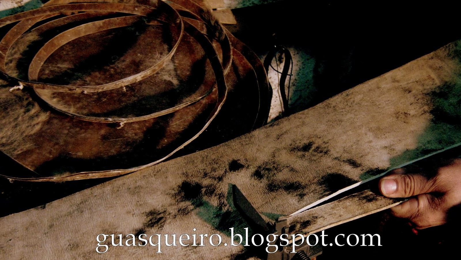 Armario Com Chave Pequeno ~ Ferramentas e materiais para guasqueria, correaria e artesanato em couro Guasquerias