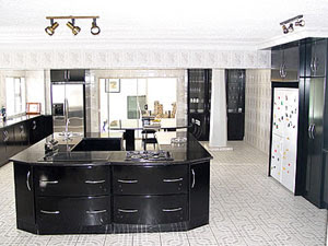 Phillip chiyangwa zimbabwean business tycoon mansion chiyangwa house in harare luxury for Kitchen designs zimbabwe