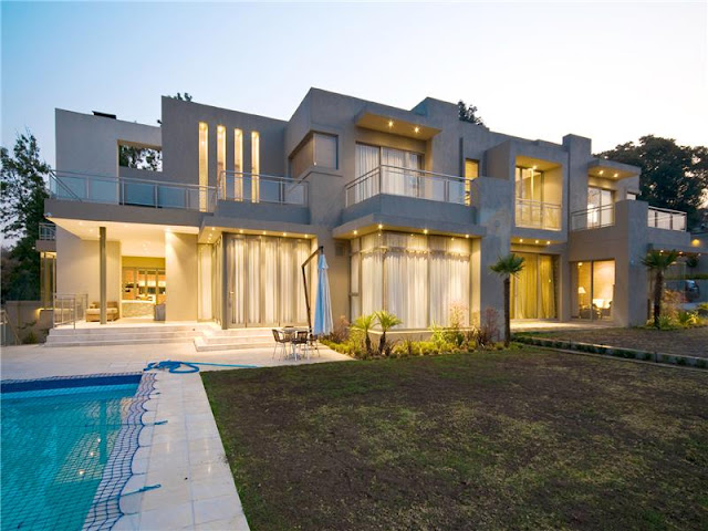 Rich African Houses Luxury Mansion on Eccl...