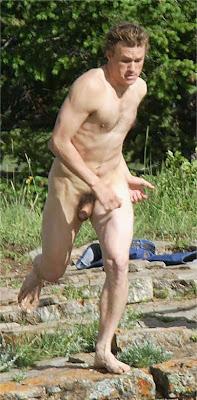 Heath ledger brokeback mountain naked can