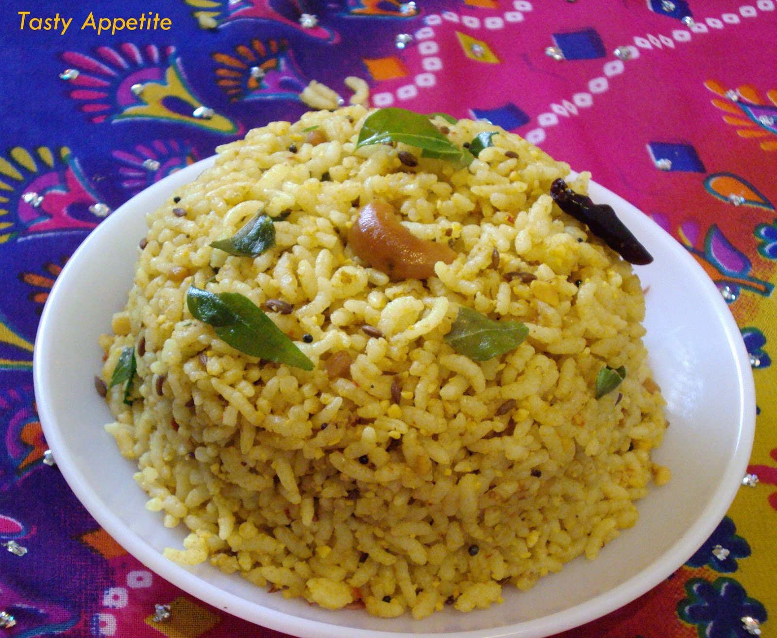 Puliyodarai / Spicy Tamarind Rice For more Video recipes Subscribe ...