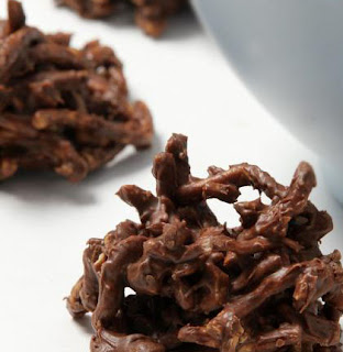 Easy Chocolate Chow Mein Clusters