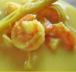 Shrimp Soup Indonesian Style (Laksa Udang)