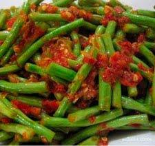 Spicy Snake Beans Saute (Tumis Kacang Panjang Pedas)