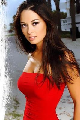 Sexy Vietnamese Top Model Michelle Zen