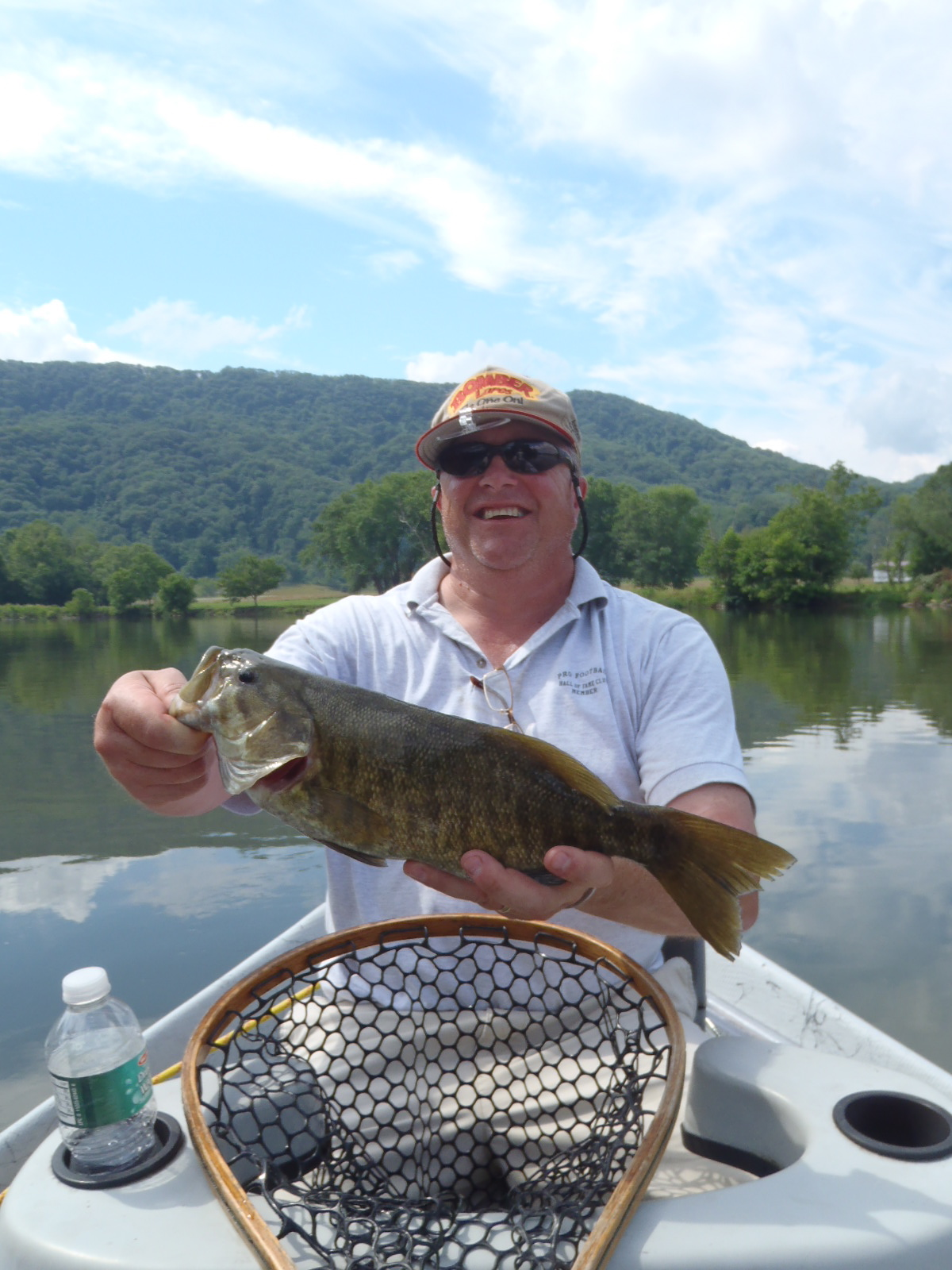 Smallmouth fly fish tennessee for Tennessee trout fishing