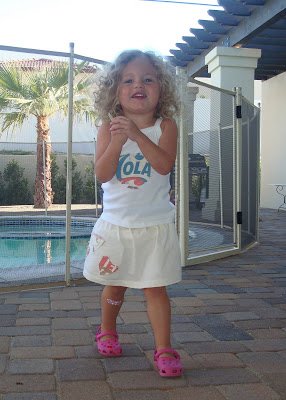 Recycle your t-shirt into a toddler skirt (tutorial) finished via lilblueboo.com