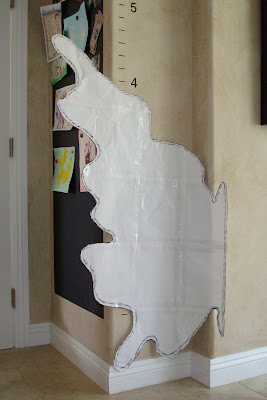 Make a very large stencil or template 2 via lilblueboo.com