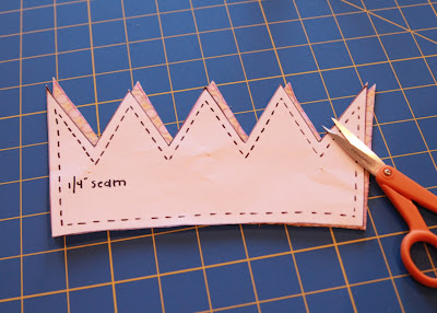 A Crown for the Frog Prince a tutorial step 2 via lilblueboo.com