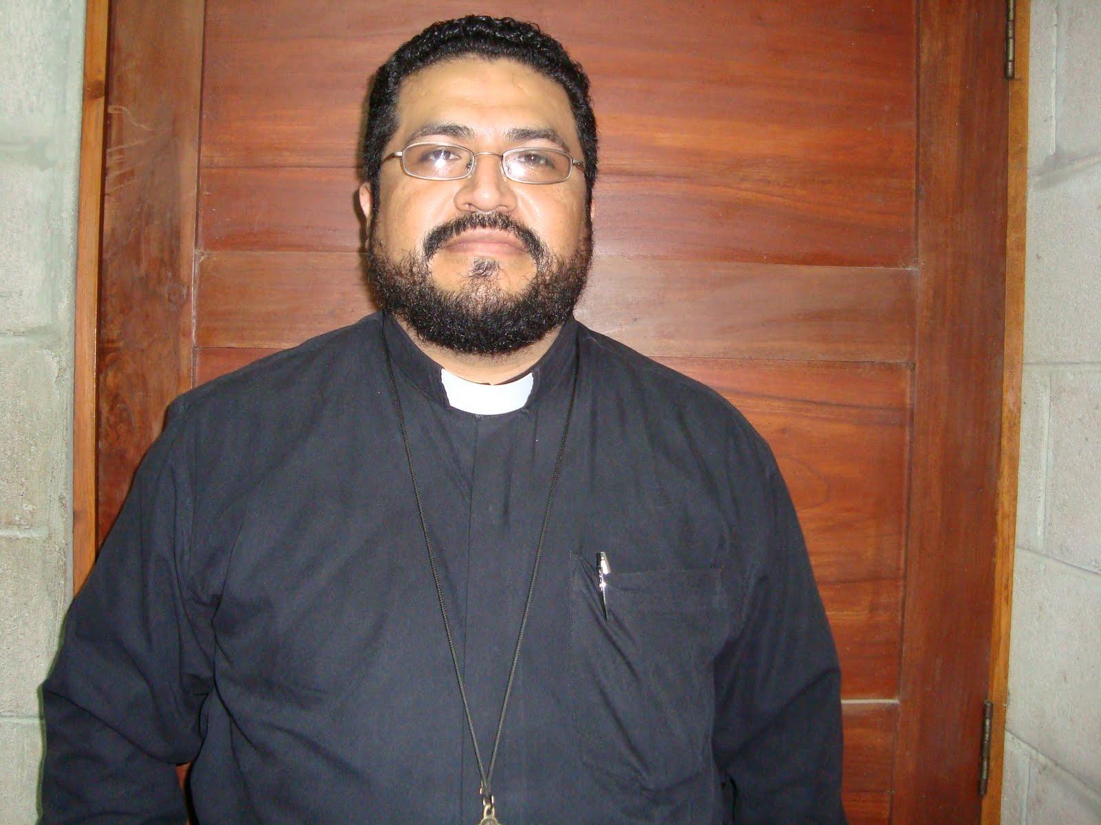 Padre Luis Quintanilla
