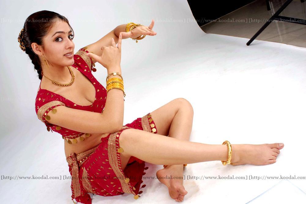http://1.bp.blogspot.com/_0HCWfmUm82Q/THOBe8EkpII/AAAAAAAAATc/dRXQ5eDODQ4/s1600/Parvathi+Melton+Telugu+Photo+(7).jpg