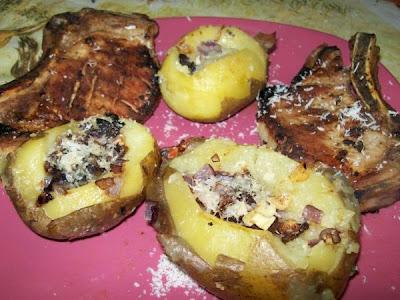Articole culinare : Cotlet de Porc cu Cartofi umpluti