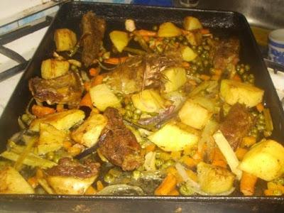 Articole culinare : Muschi de vita cu legume la cuptor, Mancaruri cu carne