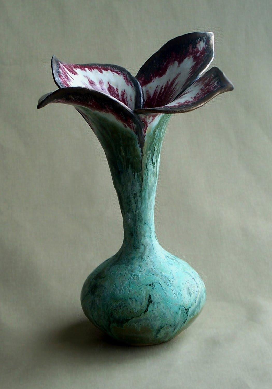 [petal+vase.jpg]