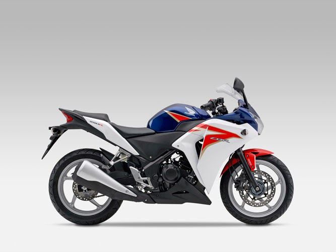 Honda CBR 250R India: HRC Color