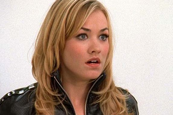 [chuck-vs-the-ring-sarah-stun.#0]