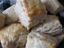 Peppery Cheddar Biscuits