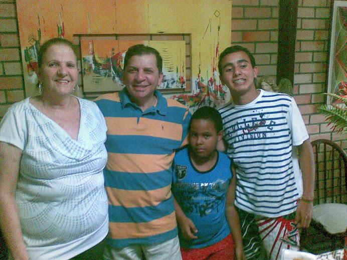 Familia Luiz Almir