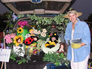 This was Missy's trunk during our church's Trunk or Treat Halloween ...