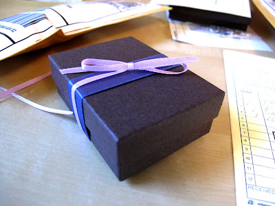 jewelry gift wrapping shipping