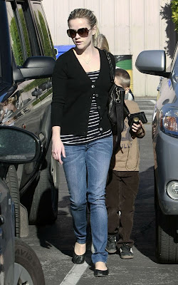Reese Witherspoon and her boyfriend Jim Toth with Ava and Deacon in Los Angeles