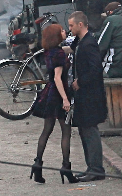 Justin Timberlake with Amanda Seyfried on the set of