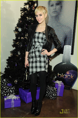Ashlee Simpson and Odette Yustman Launch Black 15in1