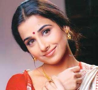 Vidya Balan Hot Saree Pictures