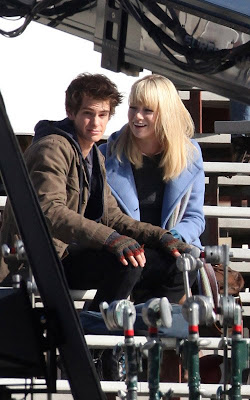 Andrew Garfield and Emma Stone on the set of