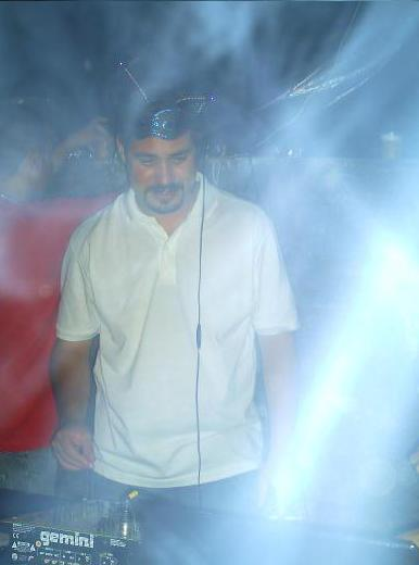 ESSE É O DJ RONALDO