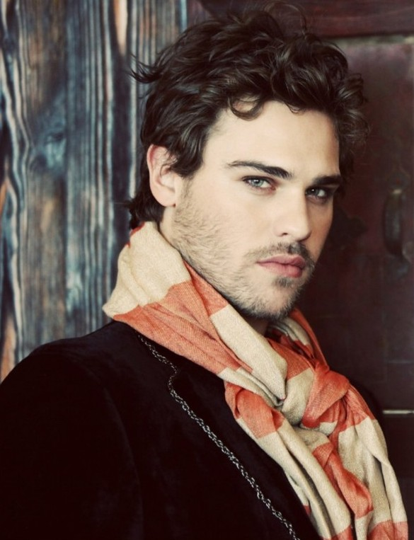 Grey Damon - Photo Set