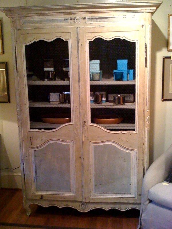 circa november 2009. Black Bedroom Furniture Sets. Home Design Ideas