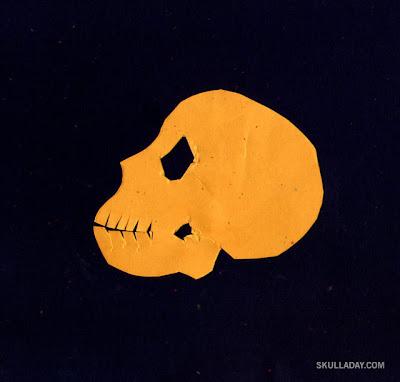 [skull1.jpg]