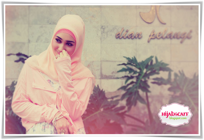 Interview with Ms. Dian Pelangi - Hijab Scarf