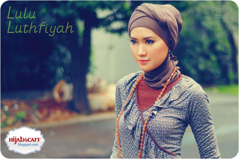 http://1.bp.blogspot.com/_0PcXuJGtJXI/TPim1MZ2zOI/AAAAAAAABks/LGw9hAwtFGg/s800/Hijab%2BScarf%2B%25283%2529.jpg