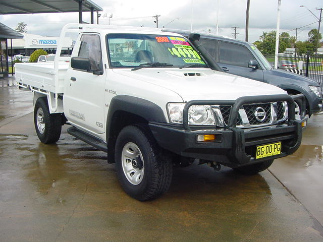 Nissan Patrol 4X4 For Sale photos