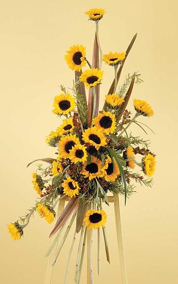 [Sunflower+standing+spray+$225.jpg]